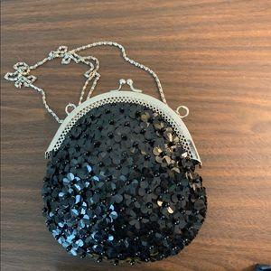 •Black Beaded & Sequin Like New Handbag